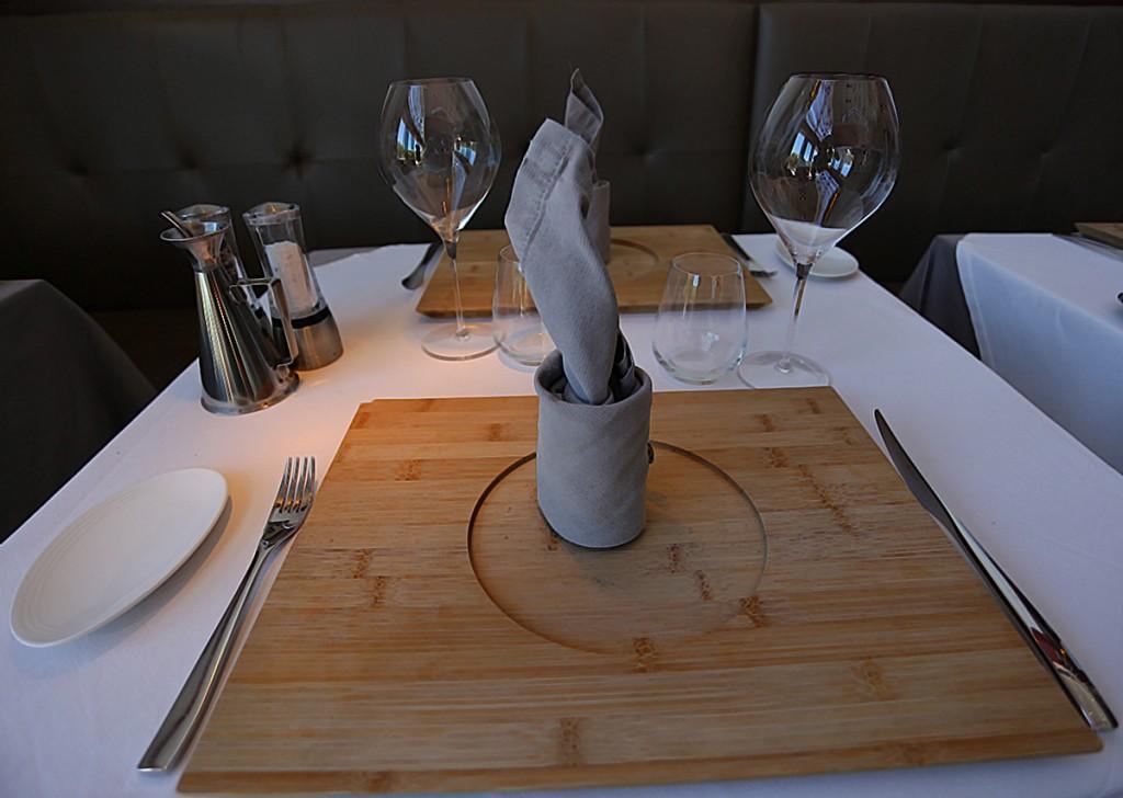 hotel de riberach belesta cave cooperative luxe restaurant roussillon assiette