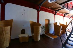 hotel de riberach belesta cave cooperative couloir